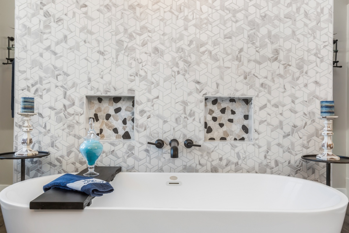 Loren Homes Loren Homes | Owner's Bath Tub Detail | New Homes in Atlanta GA