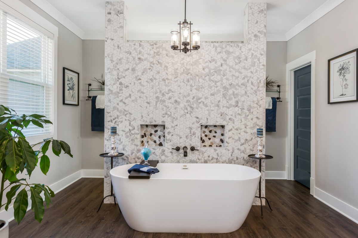 Loren Homes Loren Homes | Owner's Bath Tub Wall | New Homes in Atlanta GA